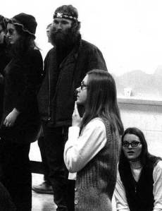 Marilyn Buck (bottom right) and others at SDS Conference 1969